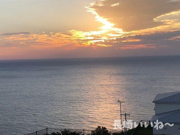 道の駅、夕陽が丘そとめから眺める角力灘の夕日